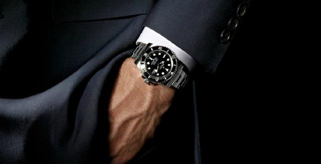 đồng hồ nam làm tăng phong cách thời trang nam